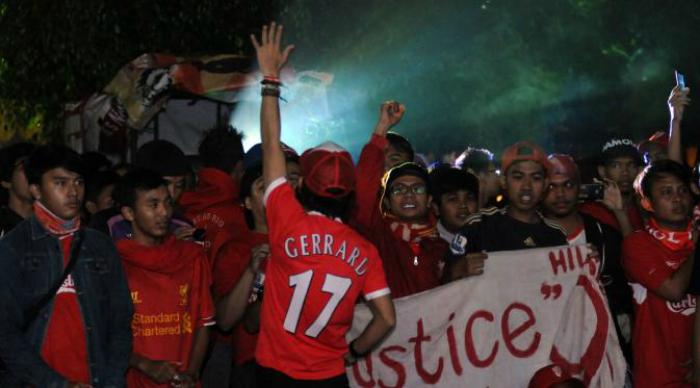 Nonton Bareng Liga Inggris di Gampoeng Aceh